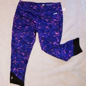 Sz lg Purple & Pink Avia Capri Activewear Pants